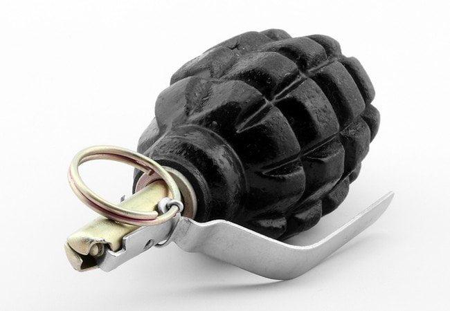 """В Бердянске возле """"Поинта"""" нашли гранату"""