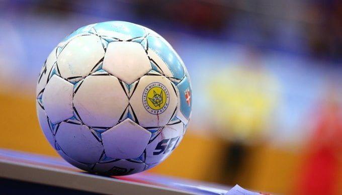 «Арсенал» побеждает в кубке Бердянска по футболу