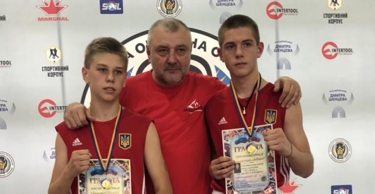 Савелий Супрунец и Дмитрий Мищенко одержали важнейшие победы на турнире в Харькове