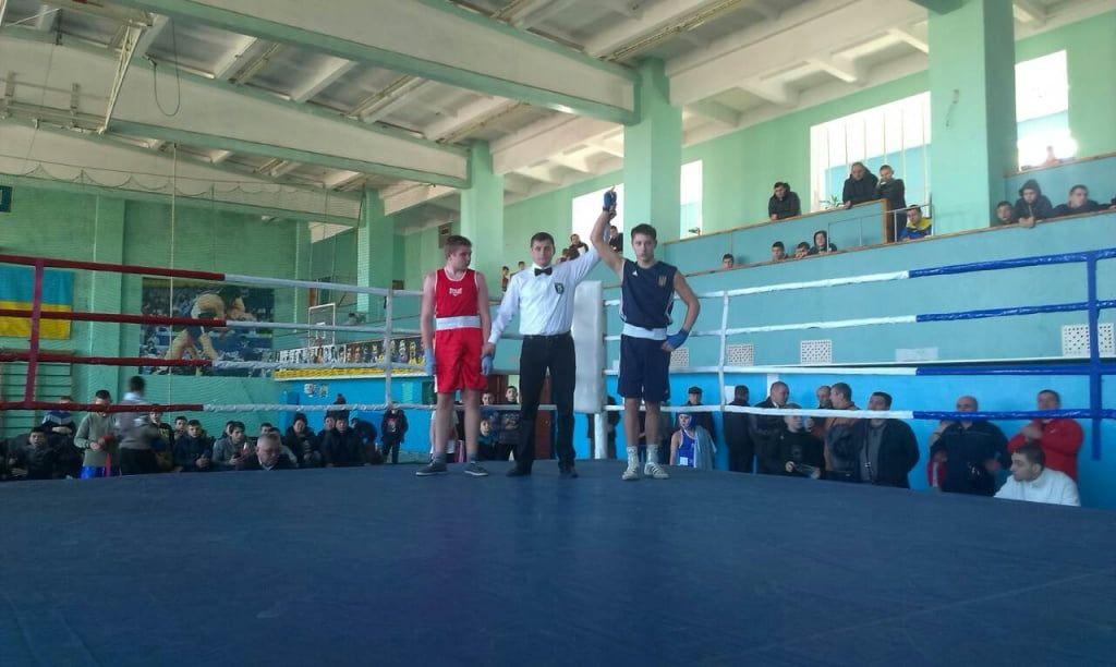 В Бердянске завершились сразу два крупных боксерских турнира