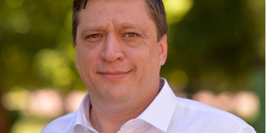 Фейк чи «дані почищені»? Що відомо про судимість депутата Іванісова за зґвалтування