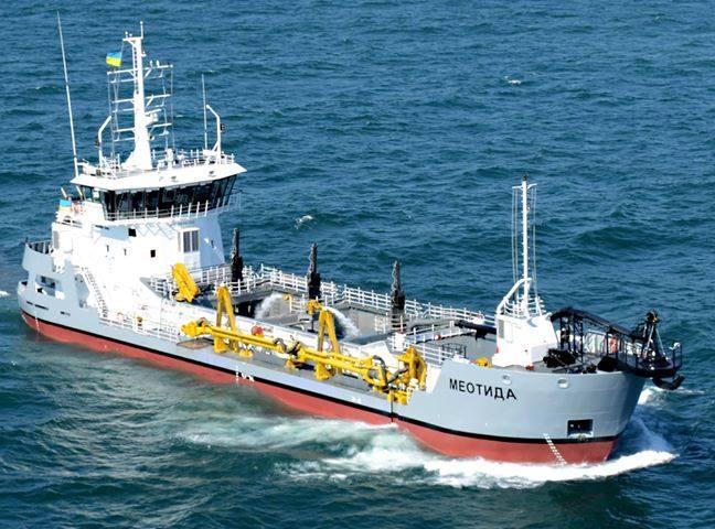 Землесос «Меотида» завершив днопоглиблення в Бердянському порту та почав працювати у Маріуполі