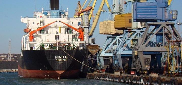 За год грузооборот в Бердянском порту упал на 37%