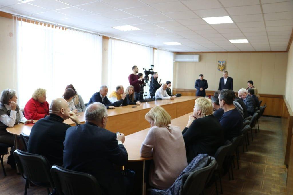 З нагоди Дня місцевого самоврядування мер нагородив депутатів міської ради