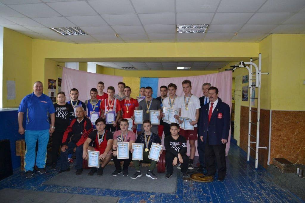 Бердянцы успешно выступили на чемпионате Запорожской области по пауэрлифтингу