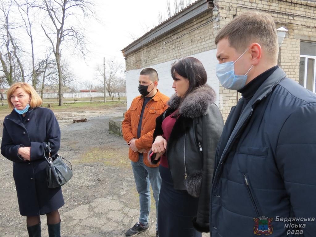 У рамках робочої поїздки голова Запорізької обласної ради Олена Жук побувала у Бердянську