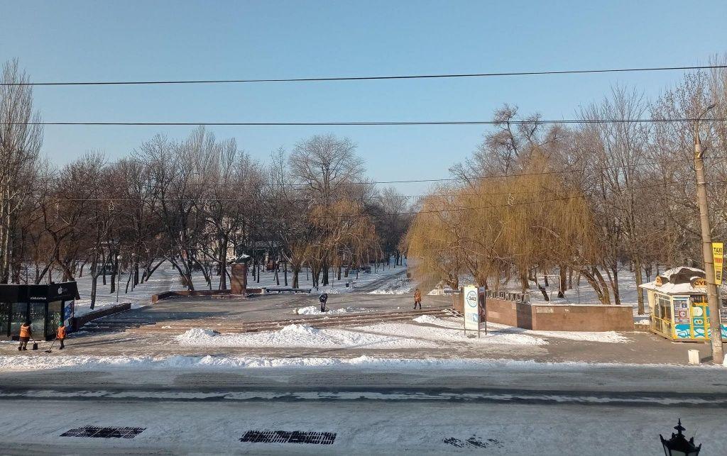 Точная минимальная температура сегодняшней ночи в Бердянске -15,5 С. Это очень далеко от рекорда