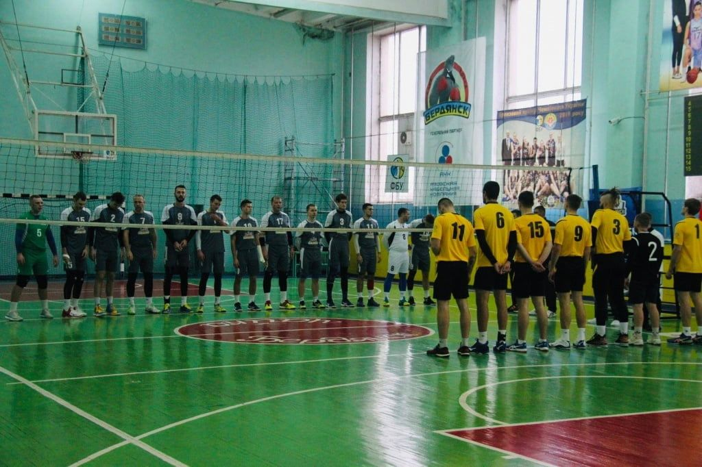 Большой волейбол вернулся через 22 года. «Бердянск-БГПУ» разнес соперников в домашнем туре второй лиги