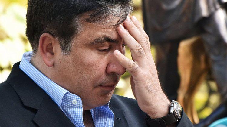Унего тут свои дела. Саакашвили несобирается уезжать изОдессы