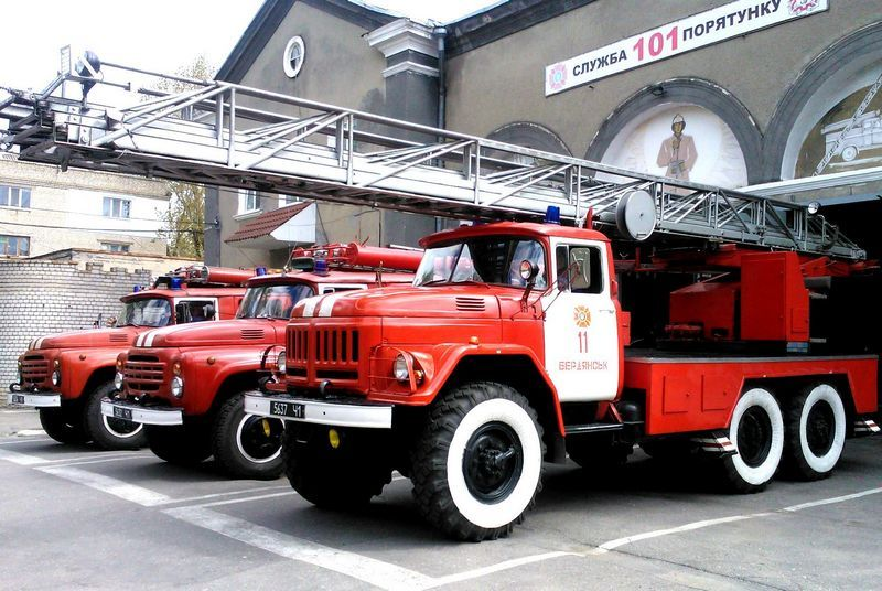 В Бердянську рятувальники ліквідували пожежу у квартирі