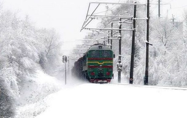 Укрзализныця напраздники прибавила 26 дополнительных поездов