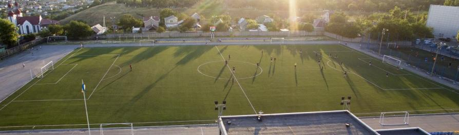 Тур №14 - Чемпионат Бердянска по футболу. «Азовкабель-Молния» обыгрывает «АЗМОЛ»