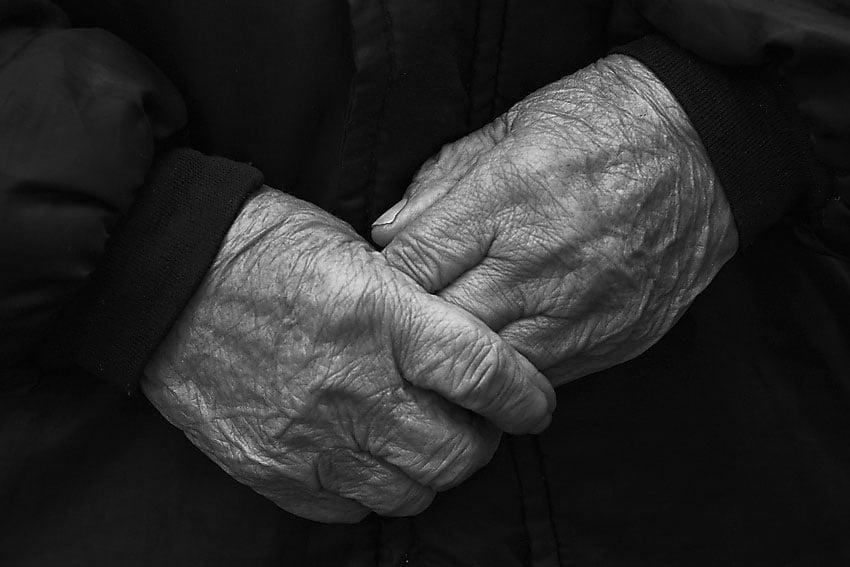 В Бердянске нашли мертвым пенсионера, которого ранее объявили в розыск в Мариуполе