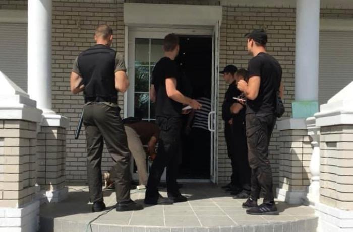 Экс-нардепа и почетного гражданина Бердянска выселили из его дома на Косе