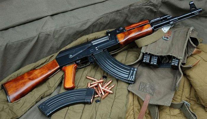 В Бердянскую больницу доставлен боец добровольческого батальона, который был ранен из собственного оружия на блокпосту
