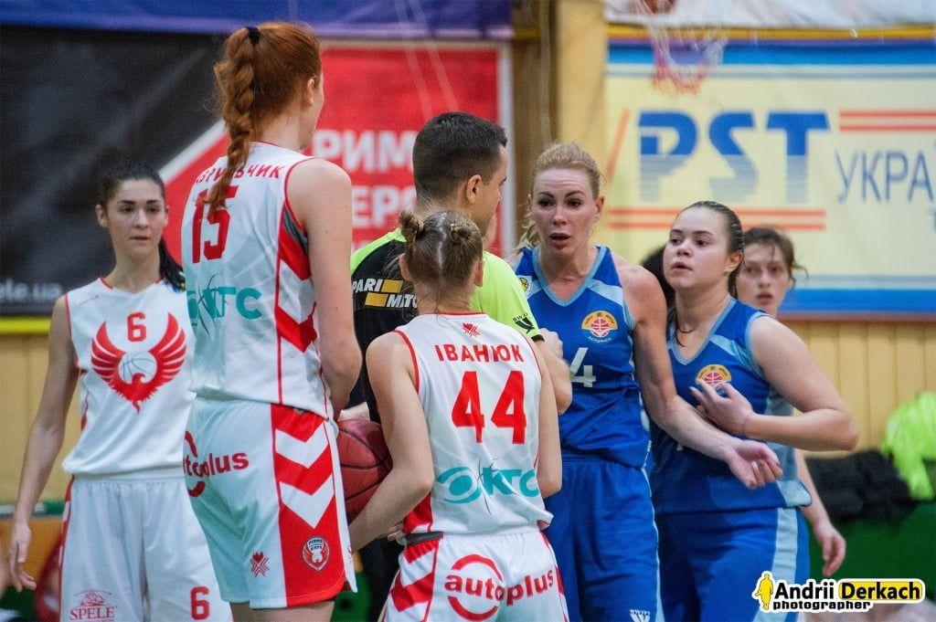 «Чайка-ДЮСШ» разобрала «Ровно» в выездном матче Кубка Украины
