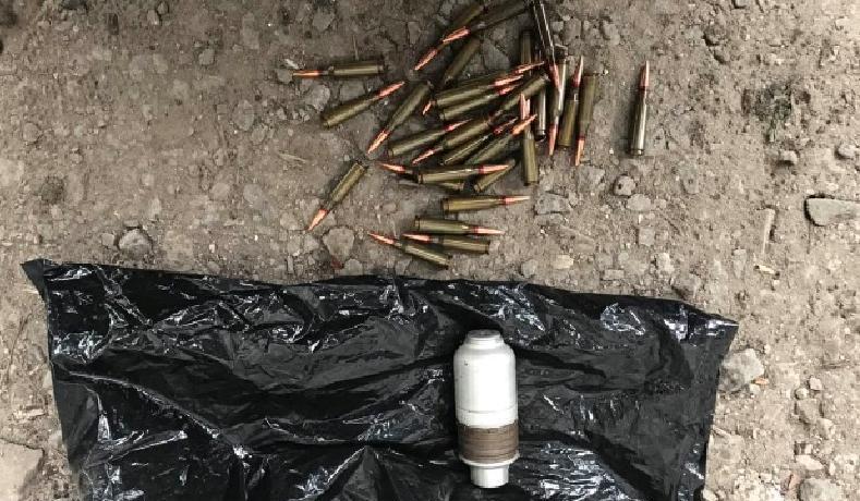 Поліцейські в Бердянську вилучили автоматні набої та гранати