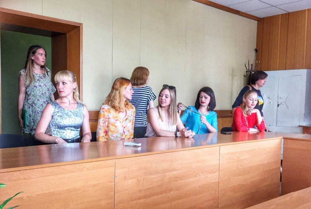 Бердянський виконком привітав журналістів з професійним святом - фото