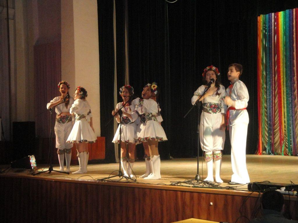 В Бердянске ко Дню социального работника состоялся праздничный концерт