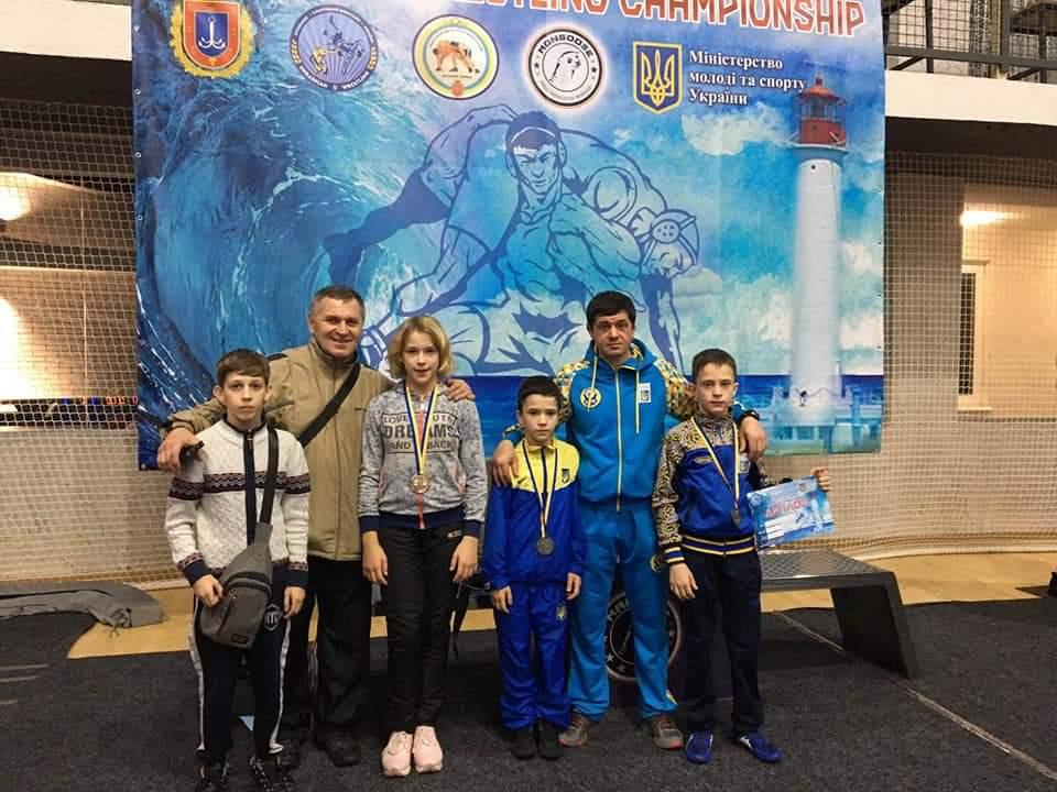 У бердянцев три медали на юношеском чемпионате Украины по борьбе