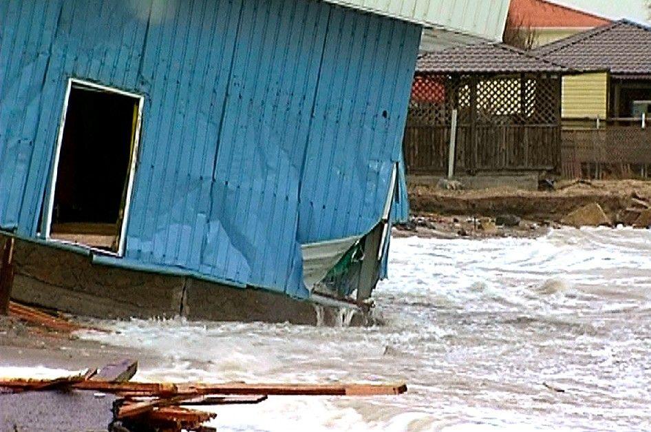 Море активно съедает Бердянскую Косу (видео)