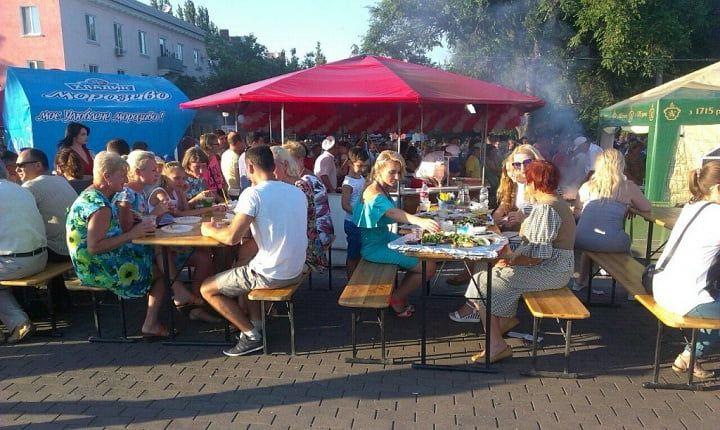 Фестивалів шашлику, морепродуктів, пива... в Бердянську більше не буде