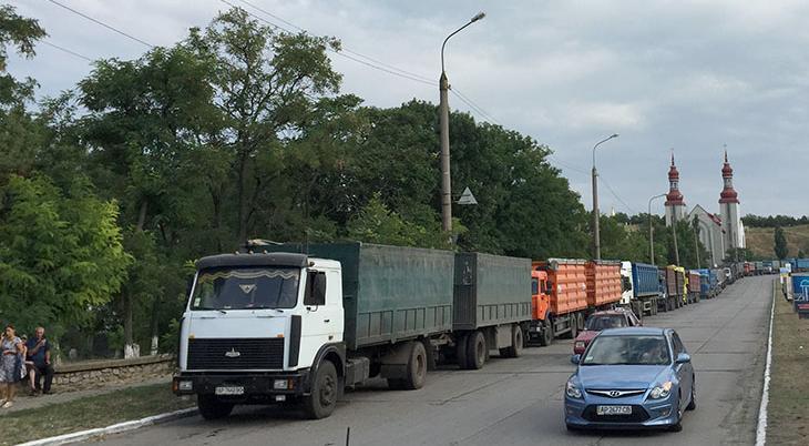З понеділка, 1 червня, у Запорізькій області буде обмежено рух великовагового транспорту