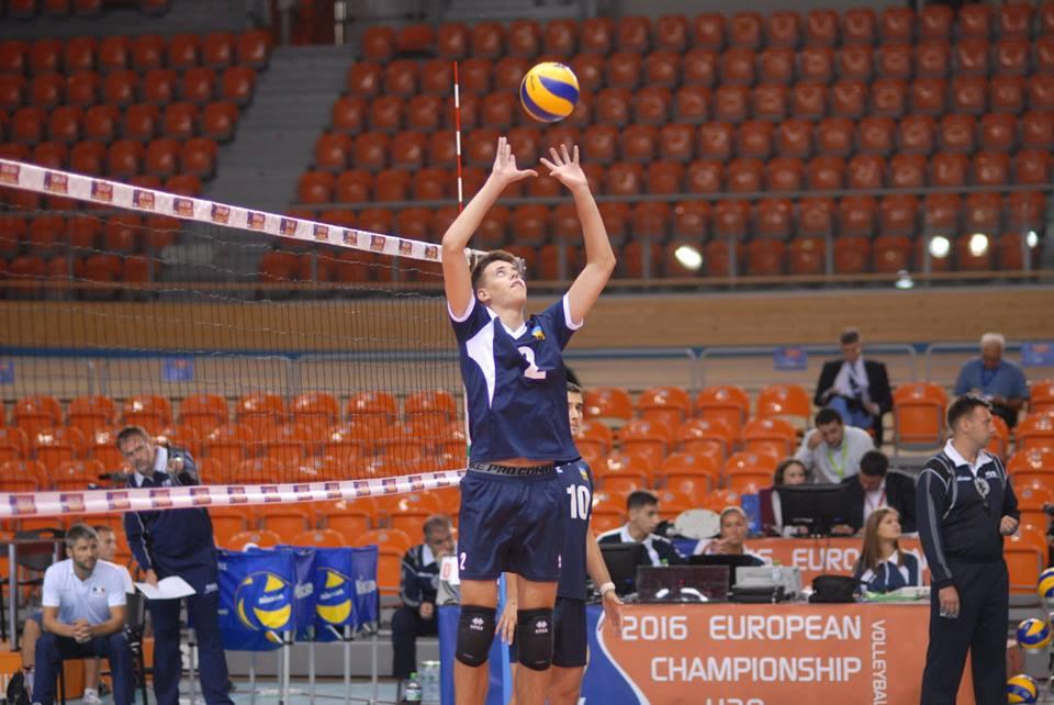 Молодежная сборная Украины поволейболу завоевала «серебро» ЧЕ