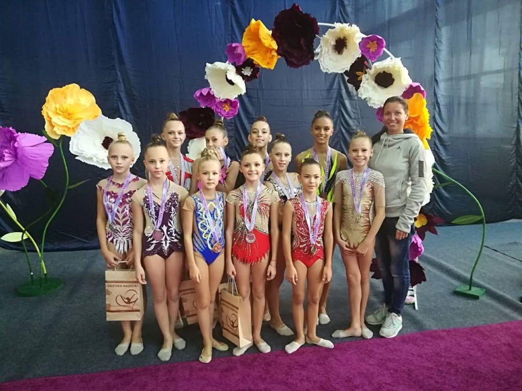 Бердянские гимнастки успешно выступили на турнире в Херсоне