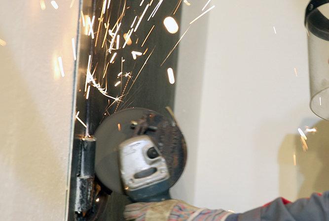 Полиция обнаружила труп молодого мужчины, снимавшего квартиру в микрорайоне «Колония»