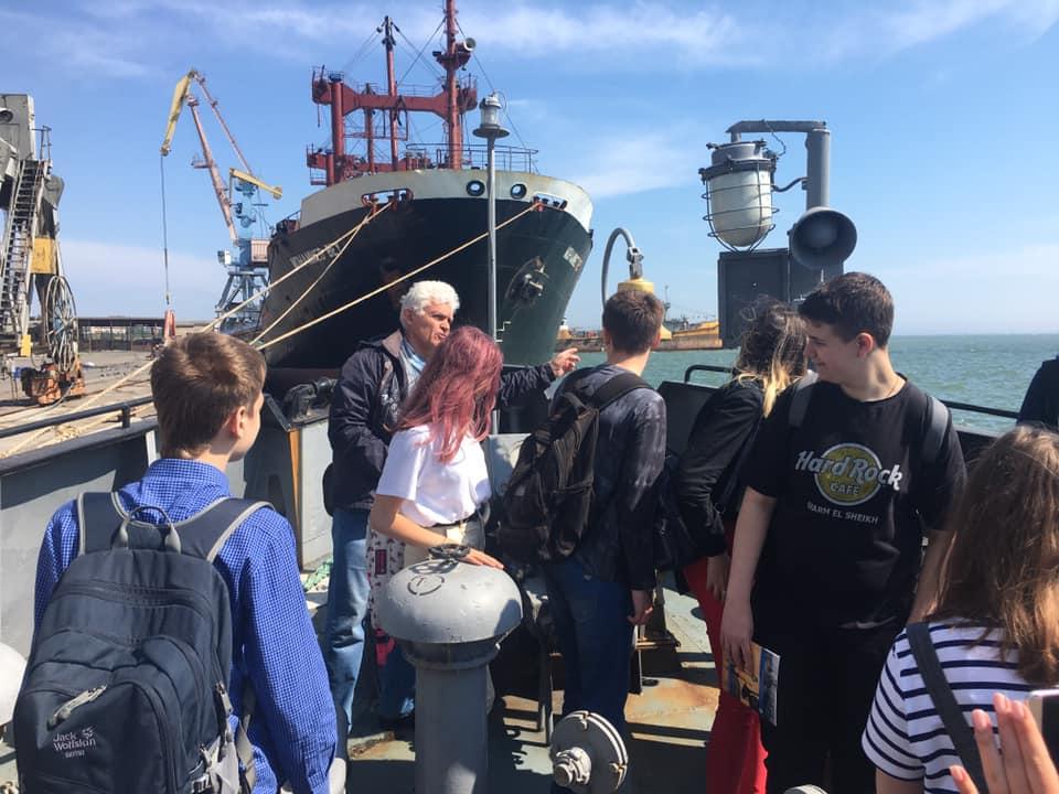 Професіографічна екскурсія в Бердянський морський торгівельний порт