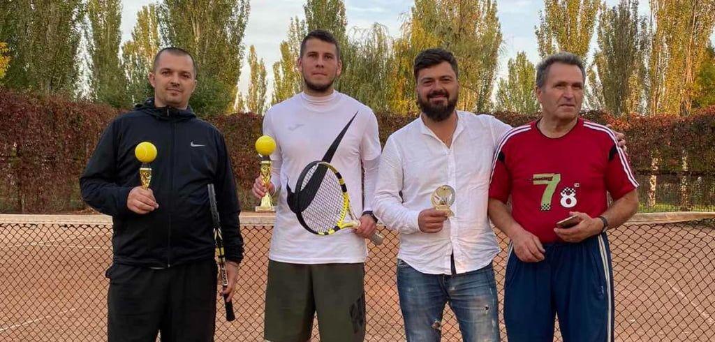 Никита Ганжа – победитель одиночного теннисного турнира в Бердянске