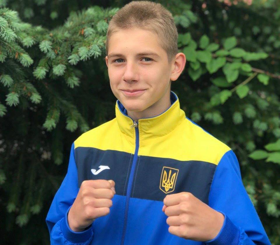 Савелий Супрунец в финале чемпионата Европы по боксу среди школьников
