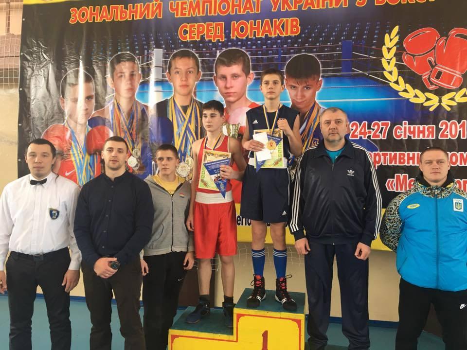 Савелий Супрунец выиграл золото на региональном чемпионате Украины по боксу