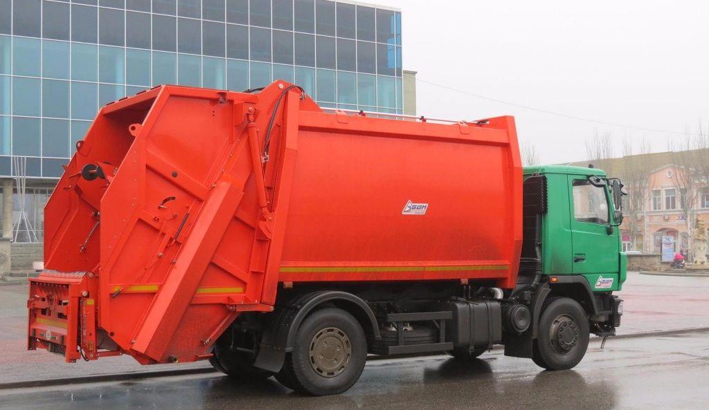 Бердянськ отримав новий сміттєвоз