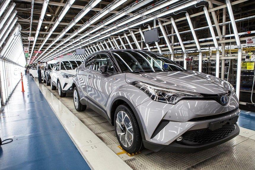 Новая Toyota C-HR 2017 встала на конвейер