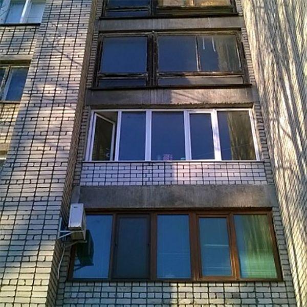 В Бердянске 77-летний пенсионер разбился, выпав из окна четвертого этажа