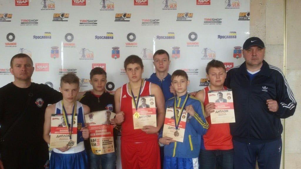 Бердянские юниоры успешно выступили на престижном боксерском турнире памяти Олега Лифанова