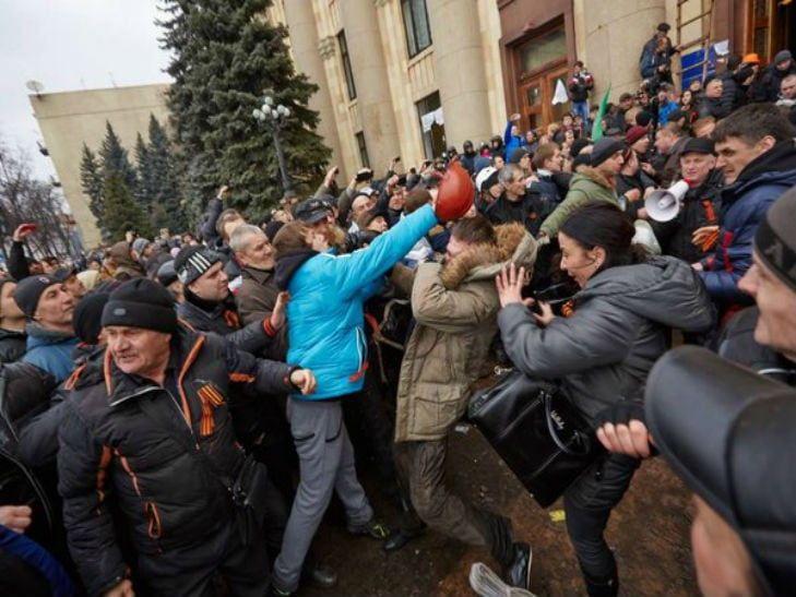 Четверо участников захвата Харьковской ОГА приговорены к 5-ти годам заключения