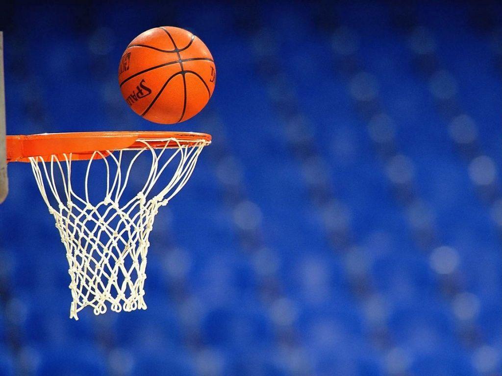 Бердянские баскетбольные команды лидируют в ВЮБЛ