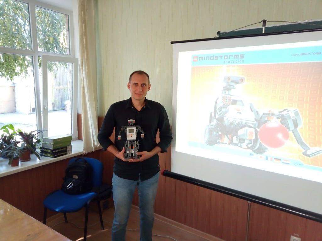 В Бердянську провели майстер-клас з робототехніки