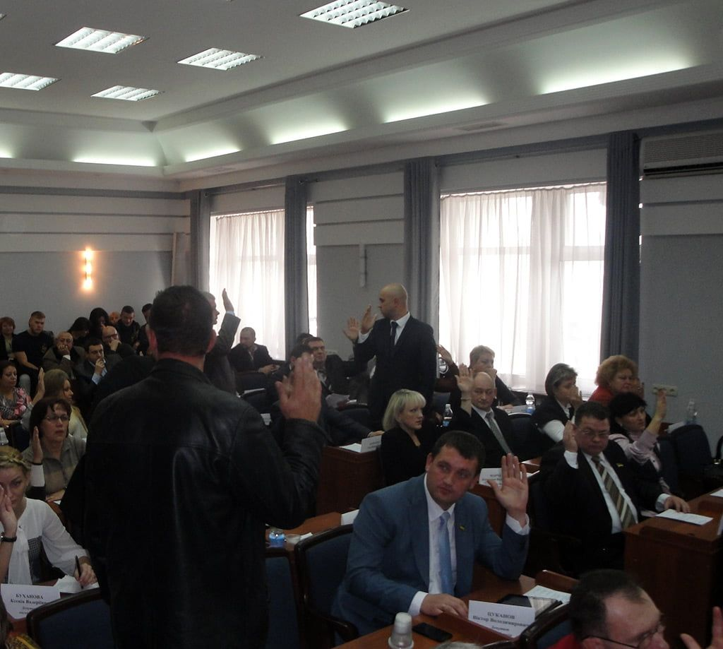 Бердянский мэр Владимир Чепурной собрался контролировать городские СМИ?