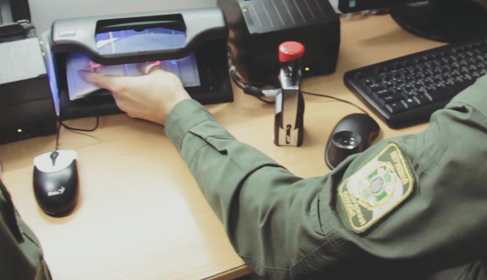 Кабміном затверджено порядок реєстрації документів при перетині держкордону іноземними громадянами
