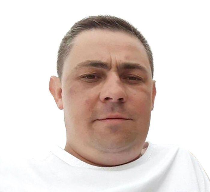 В Бердянске третьи сутки ищут 40-летнего Юрия Святненко