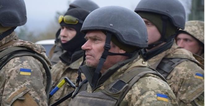 Кабмин: Пенсии для военных повысятся сянваря 2108 года
