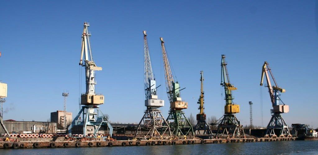 За четверо суток Бердянский морской торговый порт обработал более 100 тыс. тонн грузов