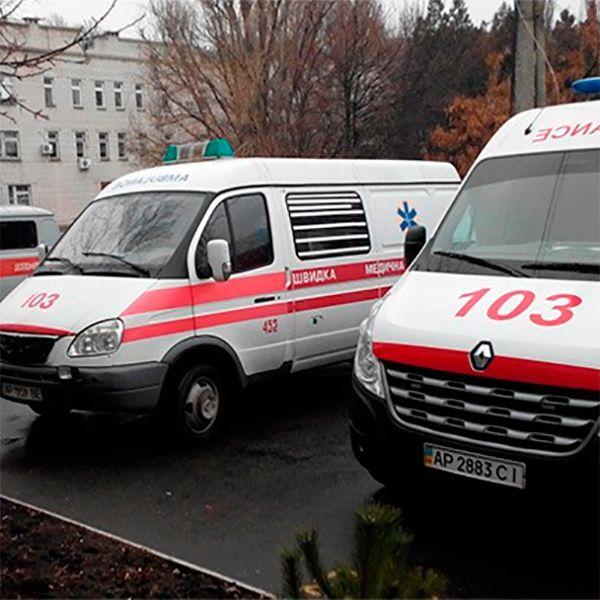В Бердянске подросток выпал с третьего этажа