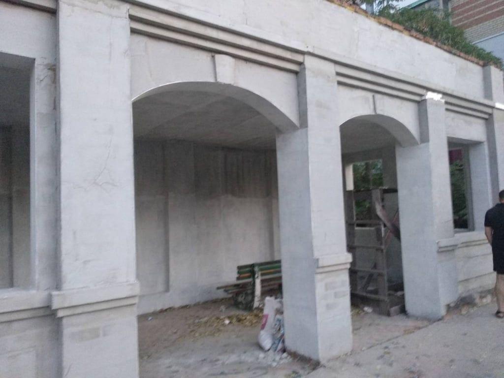 Скандальна зупинка на Азмолі – депутати просять збільшити обсяги фінансування реконструкції