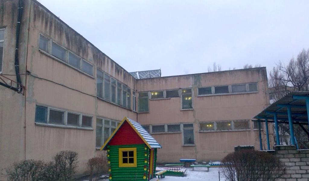 Верьте Деду Морозу! На аварийной крыше д/с «Сказка» продолжили текущие ремонтные работы