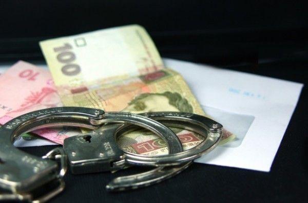 Сотрудника админотдела бердянской мэрии задержали на взятке в 10 тыс. грн.